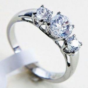 Jewelry - NEW Stainless Steel 3 Round CZ Ring sz. 7